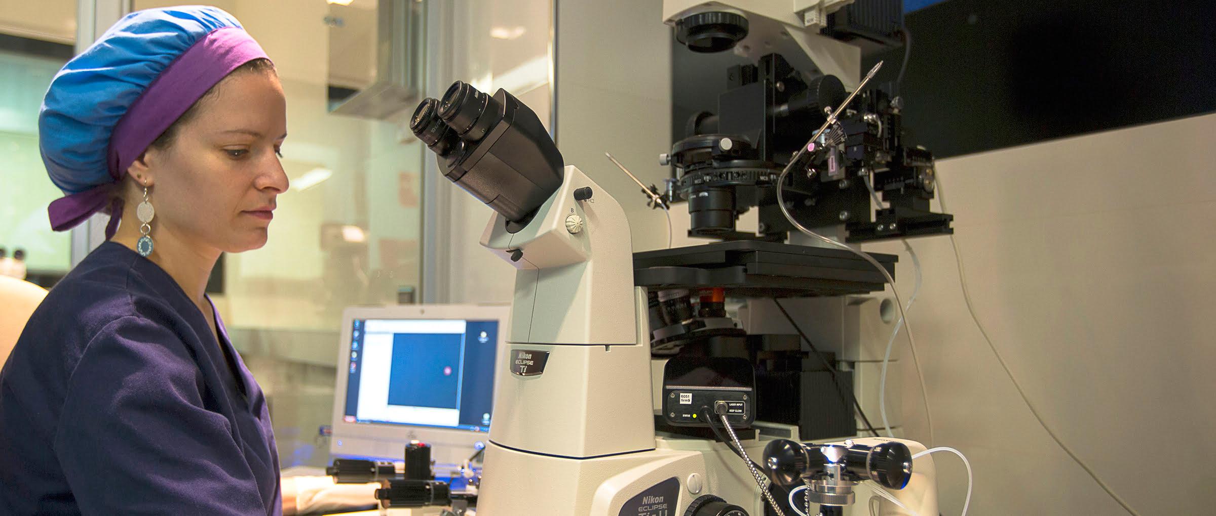 Clínica Crea laboratorio y embriología