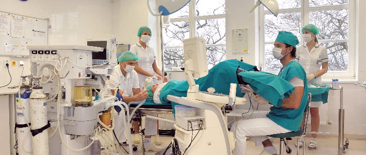 IVF Zlin quirofano