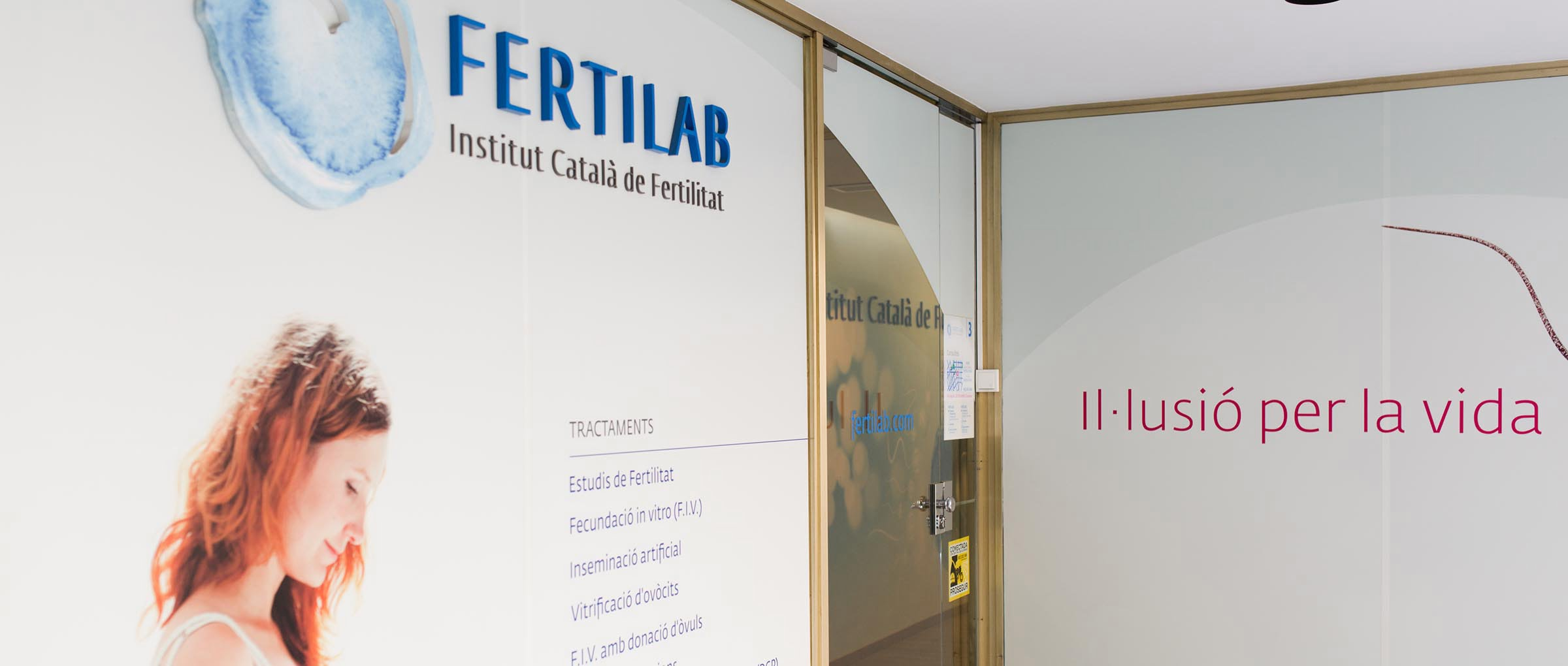 Fertilab entrada a la clinica
